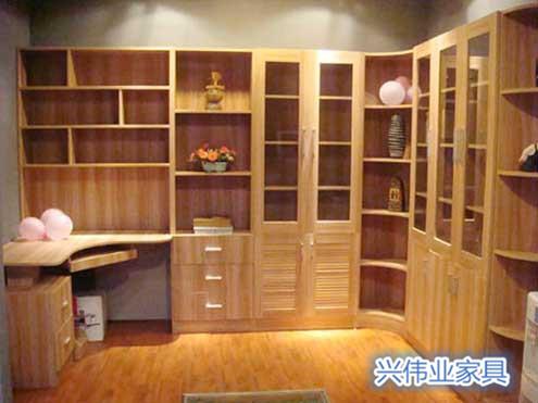 为提高空间利用率 衣柜等柜体订制服务受青睐
